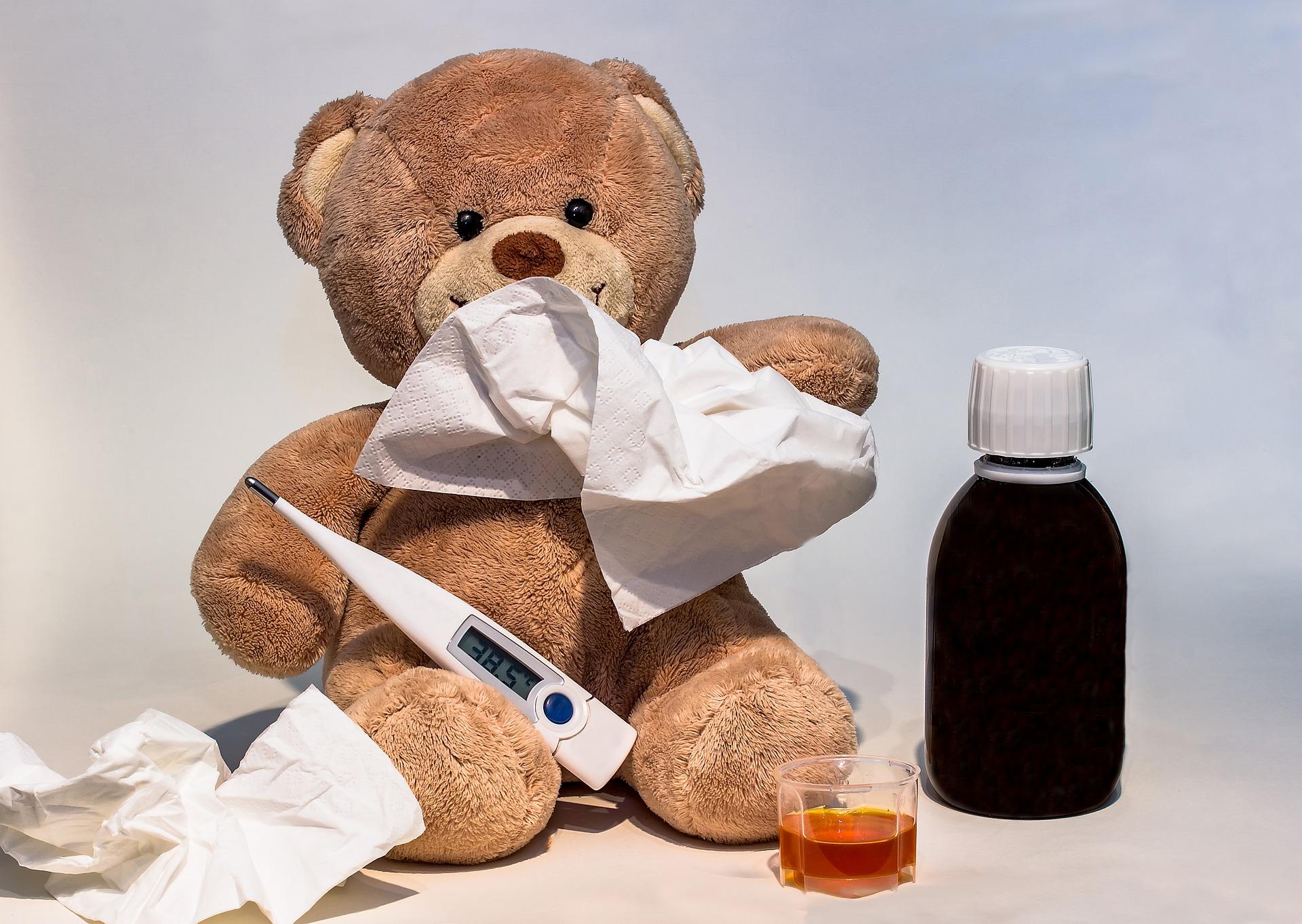 赤ちゃんの鼻水は病院に行かずに家でも吸える【鼻水吸引器を購入するメリット】