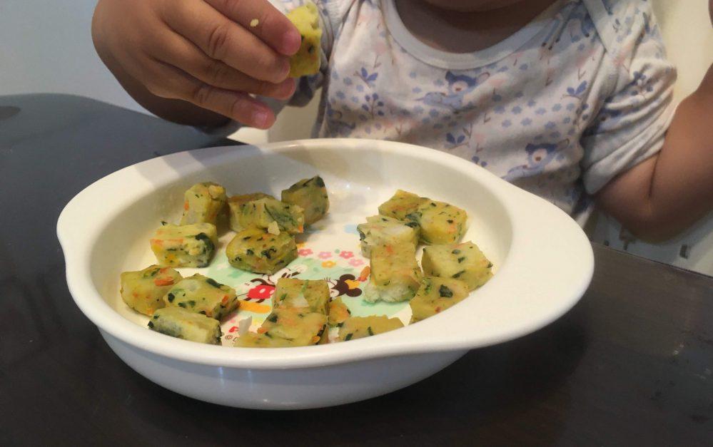 1歳の手づかみ食べにおすすめ!コープデリのおやさいチヂミが止まらない
