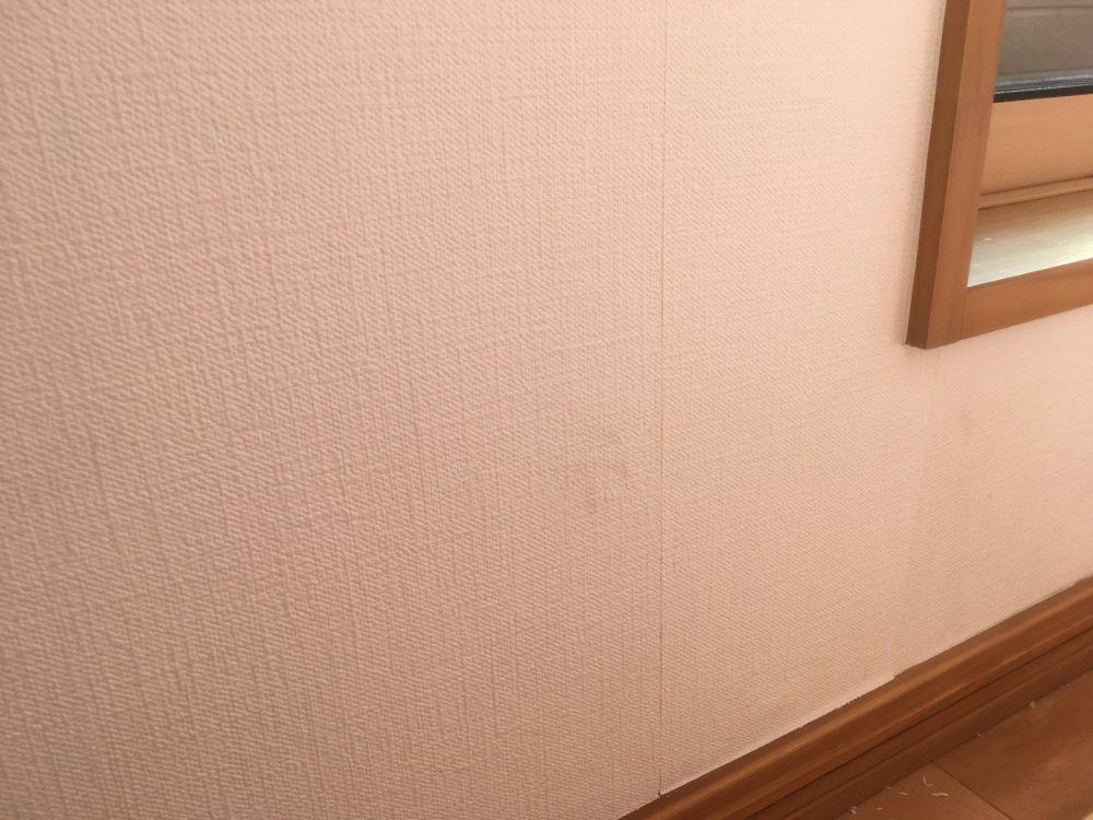 壁紙張り替え2回目のDIYの結果 斜め視点