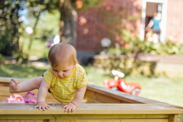 赤ちゃん転倒時の怪我防止のためのコーナーガードの失敗しない選び方【3児のパパが解説】